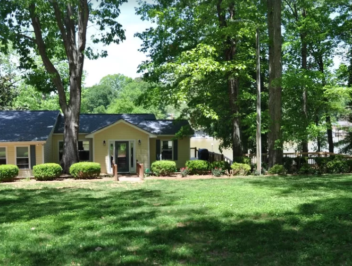 The Cottage on the shores of Lake Wylie